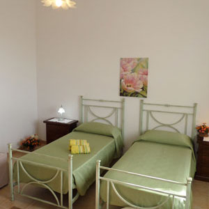 Lodging: Casa Lantana, twin bedroom, double bedroom or triple bedroom