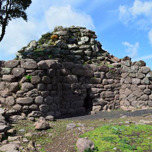 Surroundings: Nuraghe Appiu - Photo: MiBACT